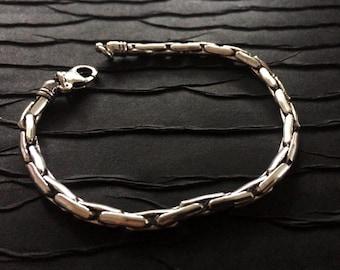 Thin Silver Link Chain Bracelet,Men's Silver chain bracelet,Cuff,Men's Jewelry,Silver bracelet,man bracelet,Modern style by Taneesi YBF130