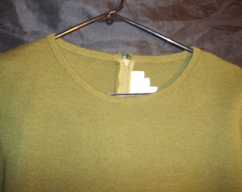 Vintage Outlander Size Small Olive Green Knit Dress,