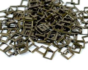 100 Pieces Antique Brass  7x7 mm Sqaure Findings