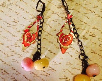 Pink Lemonade: Creamy peach embossed brass drops and pastel quartzite beads dangle on gold plated brass ear wires. Fun and colorful. Vibrant