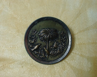 """Antique Vintage Metal Picture Button 3 Birds in Palm Tree 1 5/8"""""""