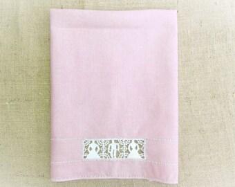 Antique Towel Italian Figural Reticella Needle Lace Handmade Pink Linen Guest Towel Cottage Chic Bath Decor Vintage Linens