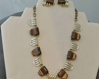 1950's Vintage Art Deco Design Brown Lucite and Silver Necklace and Earring Set