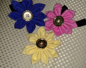 Collar flower trio
