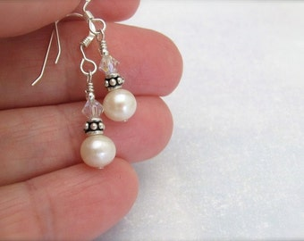 White Pearl Earrings, Real Pearl Earrings, Petite Freshwater Pearls, Sterling Silver, Wedding Earrings, Pearl Earrings, Hawaii Jewelry