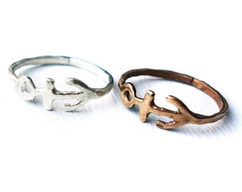 Handmade Hammered Anchor Ring