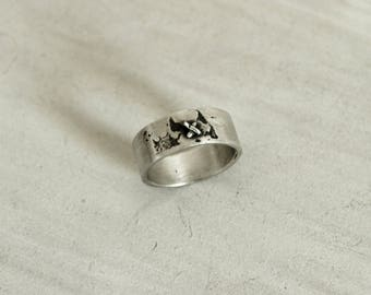 Ring of the world in silver, ring with mini plane, ring with miniature, map ring mundi hand made in silver.