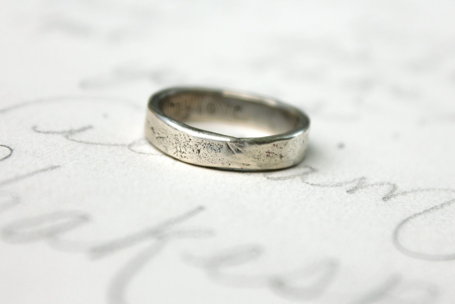 zoom - Rustic Wedding Rings