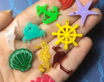 Mixed 10 OCEAN laser cut acrylic charms (20-25mm)