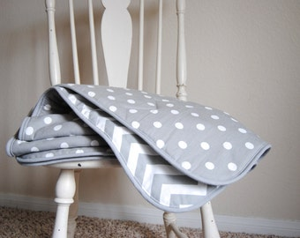 Crib Sized Comforter in Premier Prints Storm Chevron and Polka Dot with Storm Piping
