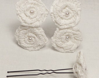Hairpins with flowers in white lace (set of 5 pins)