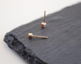 Tiny Gold Cube Studs Cube Earrings Geometric Earrings in 14k solid Gold Geometric Jewelry Minimal Jewelry Dainty Jewelry Fall gift