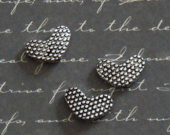3 pearls heart textured silver-plated 8x13mm