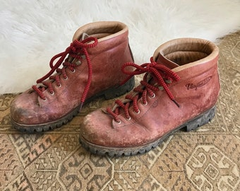 Lace Up Boots Women's Size 8 - Burgundy Red Leather Hiking Boots - Vasque Genuine Leather Hiking Boots Model 7526 - Camping High Top Boots