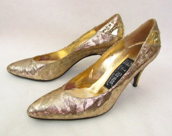 Vintage 80s Gold Heels / Authentic Gold Snakeskin Pumps / J. Renee / Gold Metallic Fabric / Special Occasion / Size 8 1/2 N / Original Box