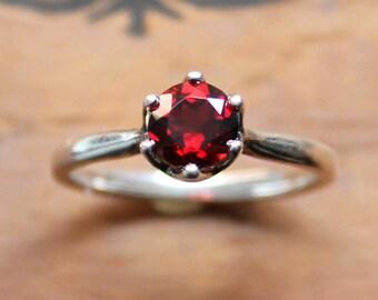 Garnet solitaire ring, natural garnet ring, red garnet engagement ring, anniversary gift for her, january birthstone ring, sterling silver