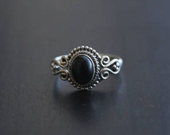 Black Onyx Ring Oval, Black Ring, Silver ring, 925 Silver ring