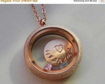 ON SALE Grandma Glass Locket, Floating Locket Necklace, Grandma Necklace, Personalized Locket, Stamped Gift, Mom Jewelry, Grandma Gift