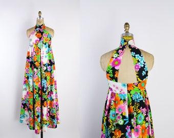 70s Hawaiian Halter Maxi Dress  / Floral / 1960s Maxi / Boho Dress / Open Back Dress / Bohemian / Caftan / Hippie /MOD / Size XXS/XS