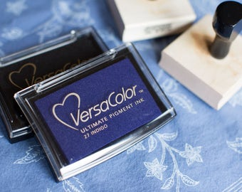 VersaColor Ultimate Pigment Ink Stamp Pads