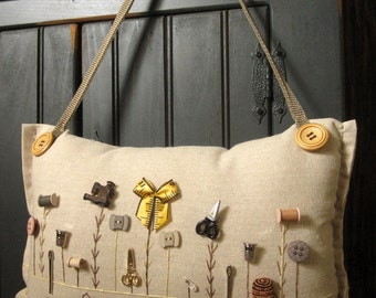 """Hanging Pillow: """"My Sewing Room Garden"""" (Cottage Style)"""
