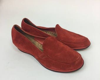 1940s Suede Loafers  / vintage 40s Womens Slip-on Shoes  / size 5 1/2
