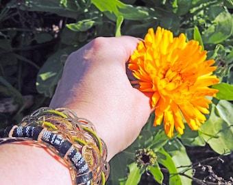 Bracelet cuff belly dancer