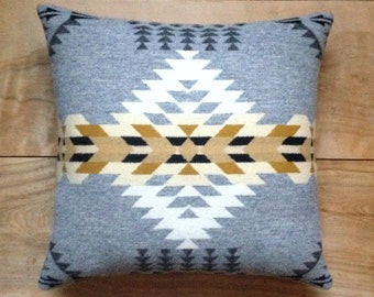 Southwestern Pillow • Southwest Decor • Tribal Pillow • Western Decor • Bohemian Pillow • Boho Decor • Tribal Arrows • Rancho Arroyo Silver
