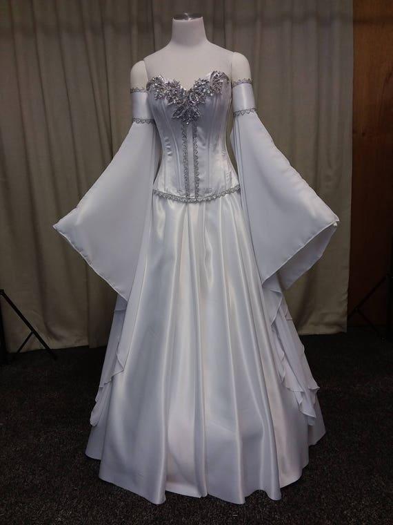 Elven Wedding Dress_Wedding Dresses_dressesss