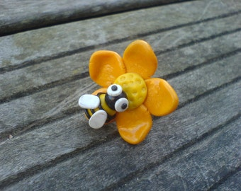 """Bee"" flower ring / Flower ring ""bee"""