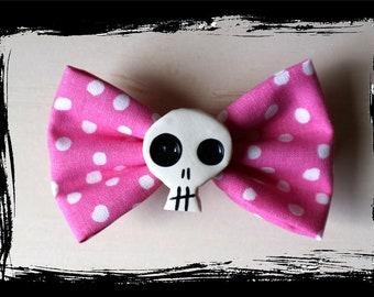 pinkadotted - skull hair bow
