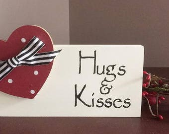Hugs & Kisses block, 8""