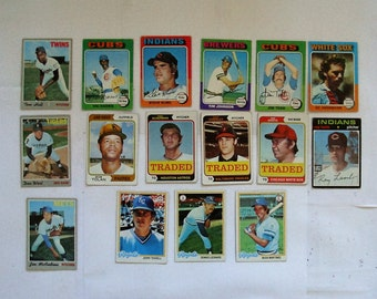 These 16  (G to EX cond)  MAJOR League Baseball cards.  Misc.  1970s Topps cards,   PLEASE see description