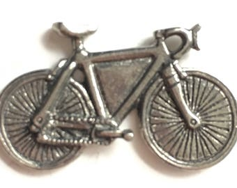 Racing Bycicle Pewter Lapel Pin Badge
