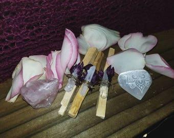 Palo Santo sticks with quartz stone