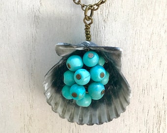 Turquoise bunch seashell necklace