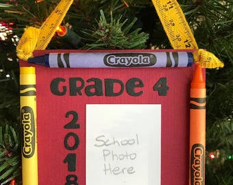 2018 Grade 4 Crayon Keepsake School Photo Ornament