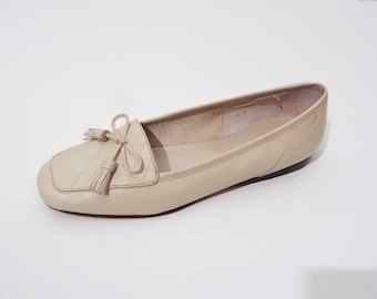 90s PERFECT Beige Loafers with BOW! 8 M