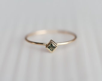Green Sapphire Ring, Square Sapphire Ring, Stacking ring, September Birthstone, Birthstone ring, Solitaire ring, 14k gold ring, Dainty ring