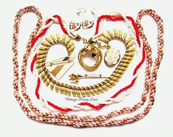 Destash Lot Vintage Costume Jewelry / Jewellery, Gold / Pearl / Red