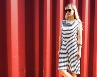 Striped T Shirt Dress, Black And White Dress, Shirt Dress, Sundress, Loose Fitting Dresses, Casual Dresses, Women's Fashion