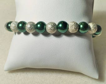 """""""Silver and green"""" bracelet"""