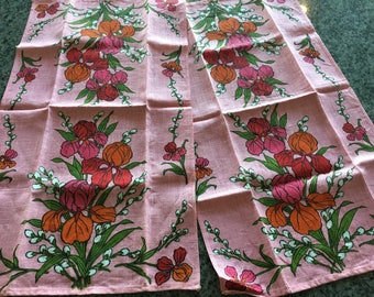 Vintage Set of 2 Pink Floral Linen Kitchen Tea Towel with Iris flowers- retro kitchen towel,curtain, iris flower, linen towel, retro towel