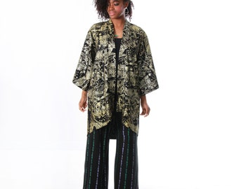 bbc910a3d65f1 Kimono - Silk Kimono - Gold on Black Spirit Garden - Floral Kimono - Raw  Silk - Silk Robe - Lounge Wear - Maternity Robe - Pregnancy Robe