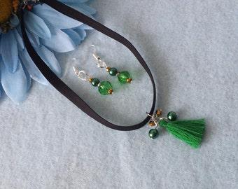 Choker green tassel, black and gold   Free shipping!