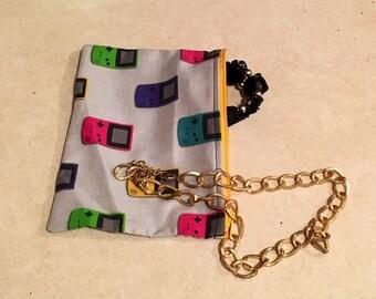 Gameboy Makeup Bag - Pencil Bag - Travel Bag - Zipper Bag - Gameboy Fabric Wallet - Geeky Makeup Bag - Coin Purse - Dice Bag