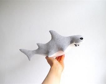 Organic hammerhead shark plush toy, marine creature toy, shark toy organic, soft shark toy, aquatic plush toy, aquatic organic toy