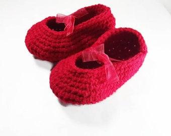 Set of 2 Crochet baby red peach shoe, toddler slipper