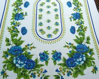 Vintage blue floral tablecloth - 1980s