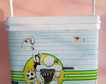 Vintage Willow Ball Game Esky - Small - Footy Basketball Baseball Softball Golf Cricket - Retro Drinks